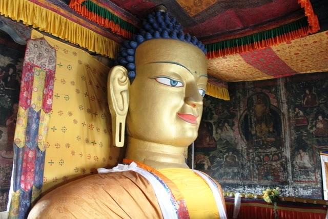 釈迦像。このお顔好き。