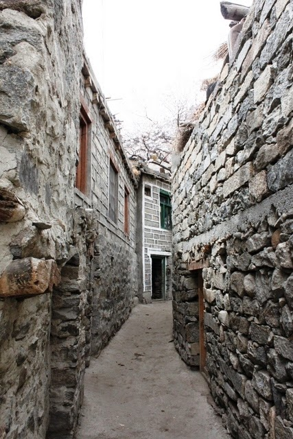 風情ある石畳の家