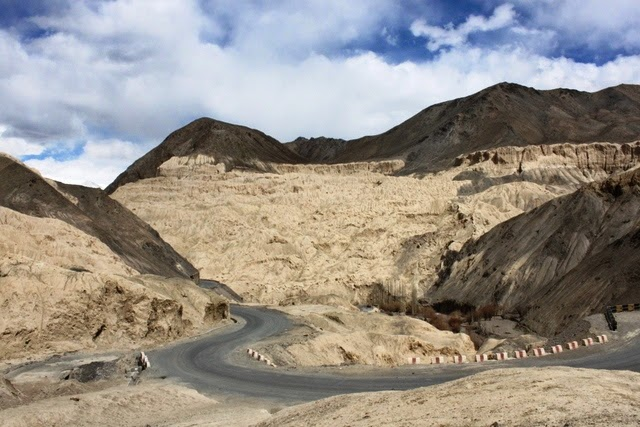 これがムーンランドと呼ばれる地形