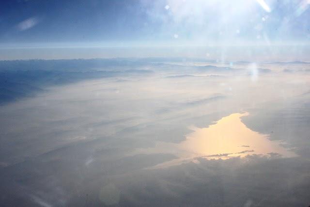 デリー出発30分後ぐらいの湖の景色(東側)