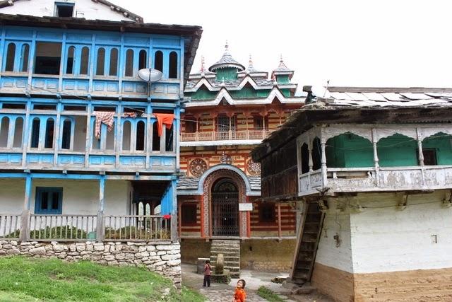 バンダル村