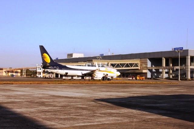 ディブルガル空港