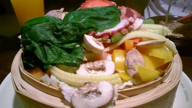 蒸した海鮮&野菜