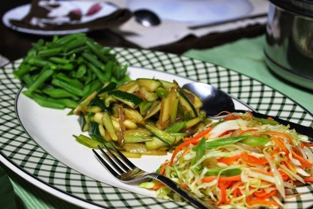 茹で野菜とサラダ