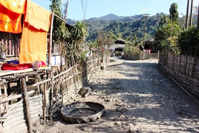 ガロ族の集落