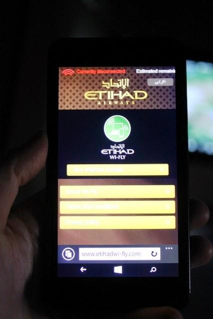 エティハドでは全便で機内WiFi接続可能(有料)