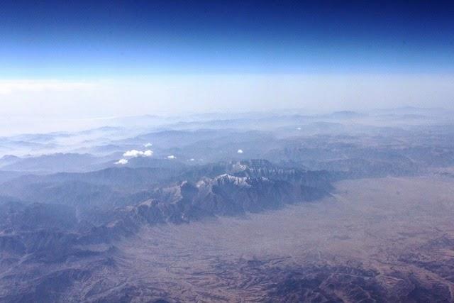 奥はチベット高原