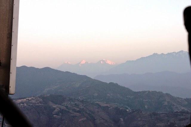 西側の山々