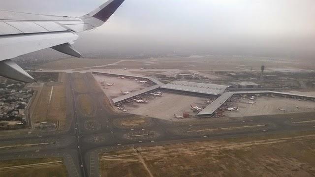 空から見るデリー国際空港T3