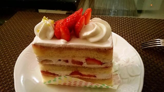 デリー 美味しい ケーキ