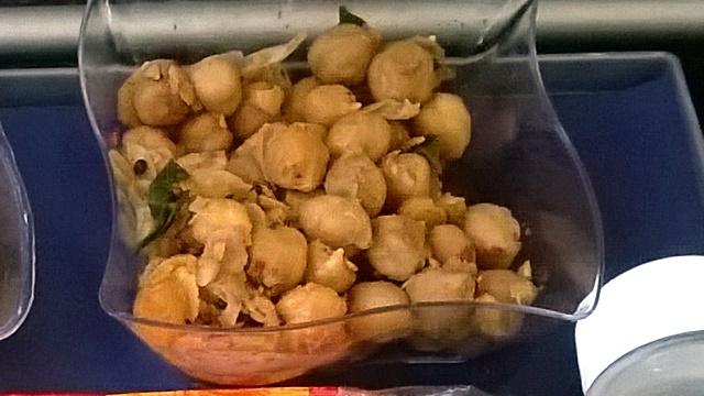 チャンナ・マサラ(豆のサラダ)