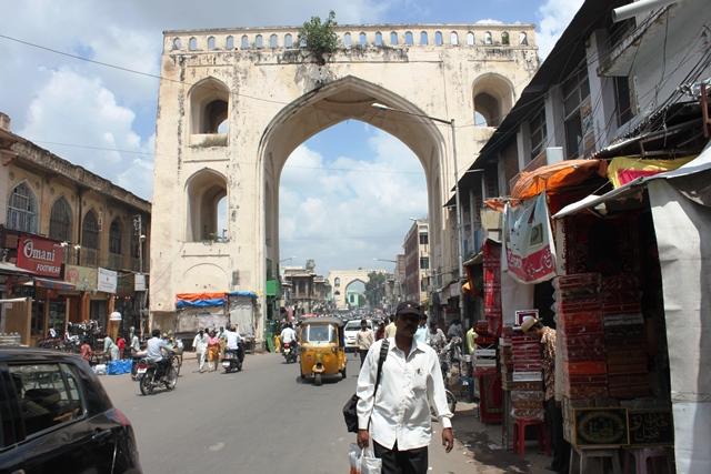旧市街の門