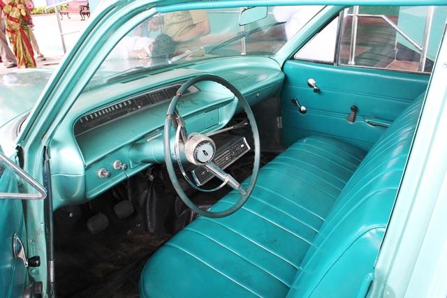 置かれてた昔の車