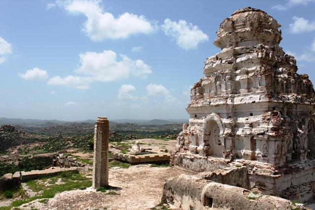丘の上の寺院
