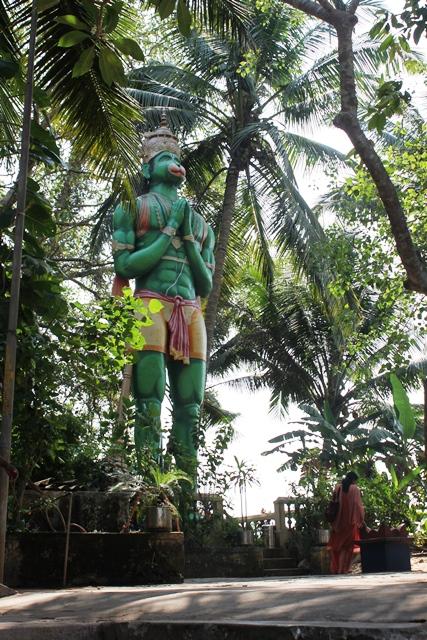 巨大なハヌマーン像
