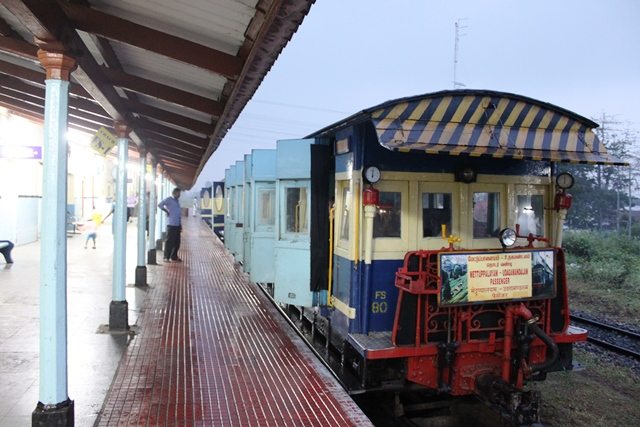メットゥパラヤム駅