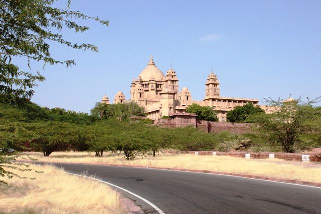 インド 宮殿ホテル ウマイドバワン・パレス