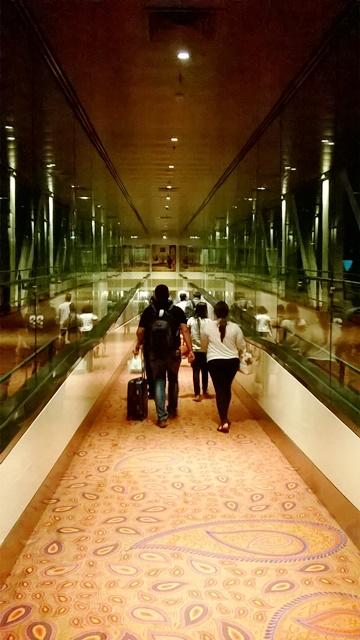 ムンバイ空港到着