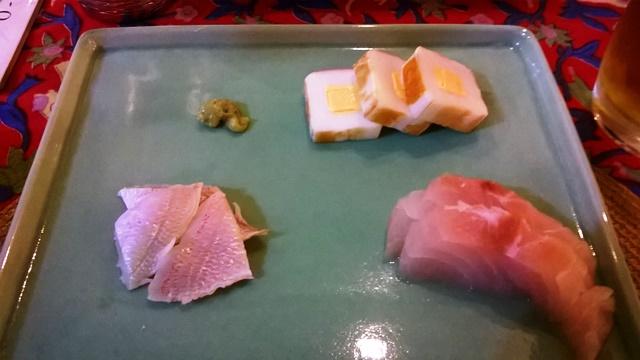 小鯛の笹付け、チーズかまぼこ、笹鯛のお刺身
