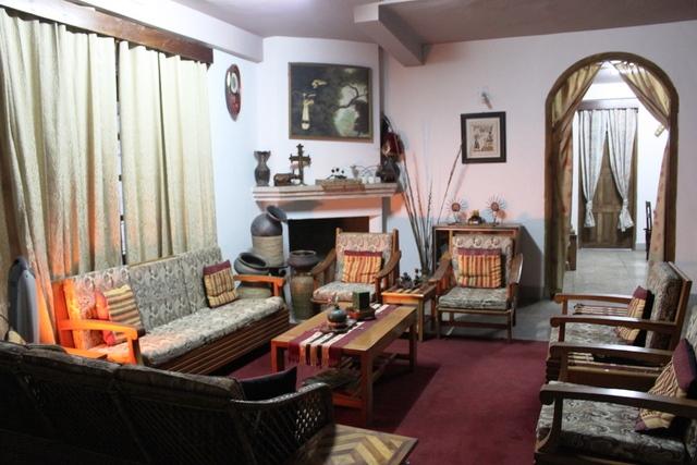 ナガランド人宅のリビングルーム