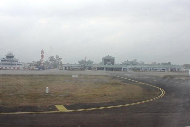 インパール空港さよなら