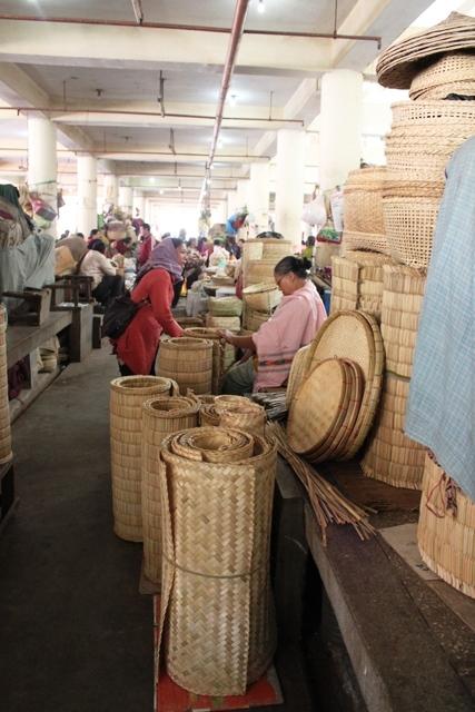 竹細工のコーナー