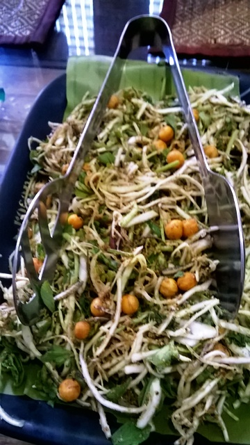 マニプール風サラダ