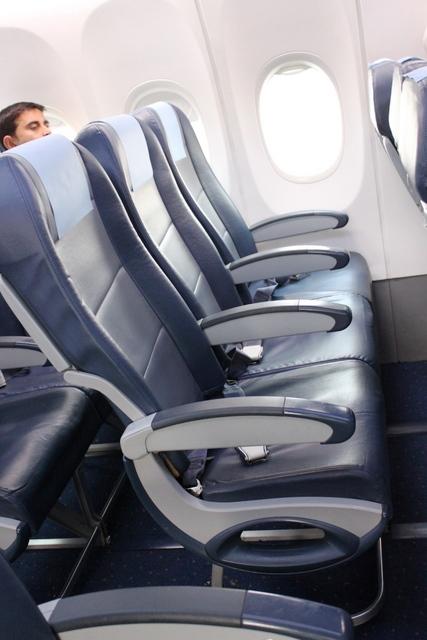 エコノミー座席