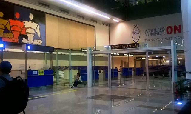インド 空港 ビザ