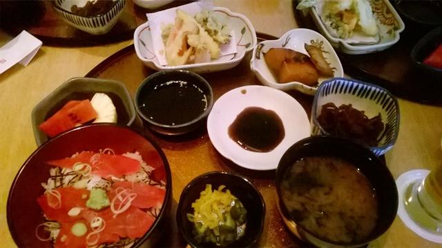 デリー サクラ レストラン:サクラの日替わり定食