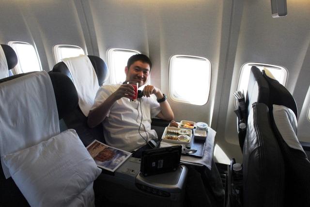 オマーンエア 737 ビジネスクラス:すしまるです