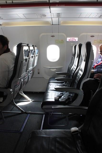 非常口座席