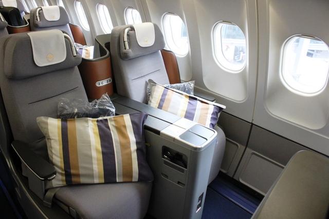 ルフトハンザ ビジネスクラス 搭乗記:H型シート