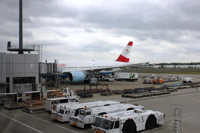 これからお世話になるオーストリア航空機!