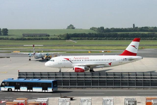 オーストリア航空A319機