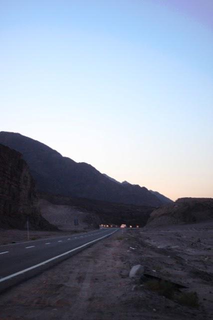 サーント・カトリーン村へ向かう道