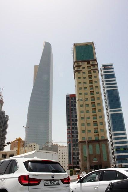 クウェート市の高層ビル群
