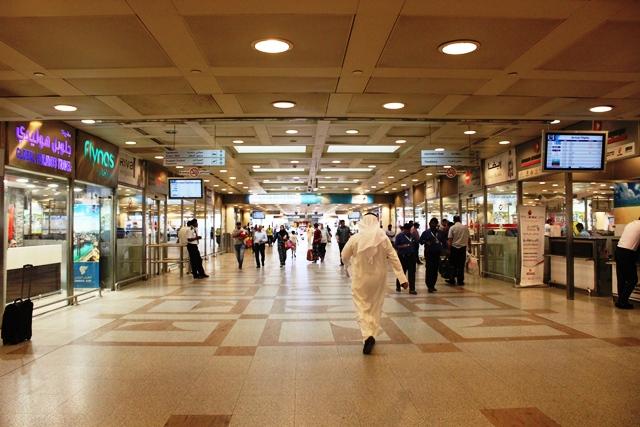 クウェート空港入口