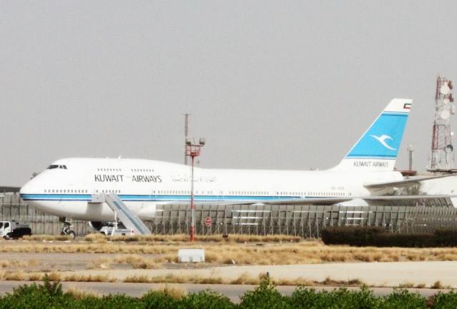 クウェート航空B747-400機