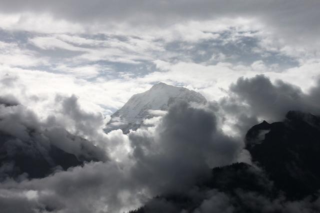 キンナー・カイラス山の朝