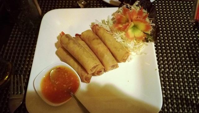 グルガオン タイ料理:春巻き