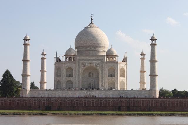 インド 高額紙幣廃止 理由:世界遺産タージマハル