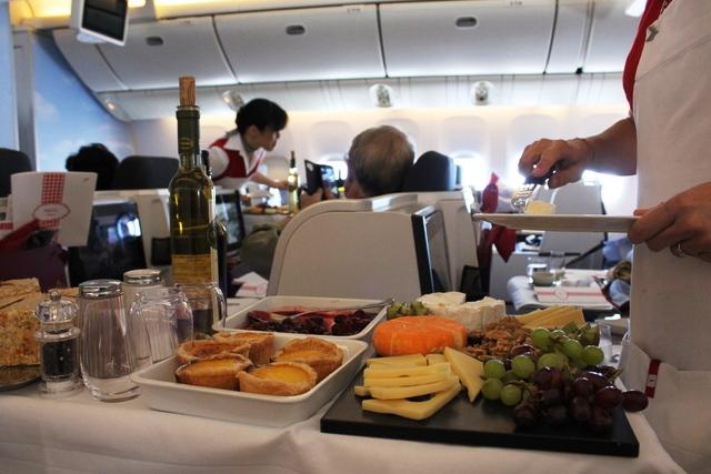 オーストリア航空のデザートワゴンサービス