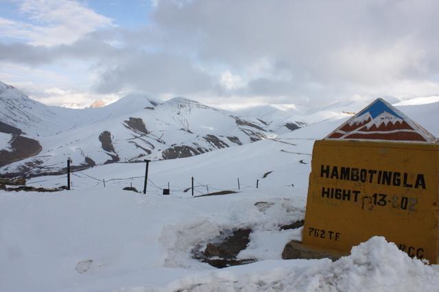 真冬のヒマラヤは極寒