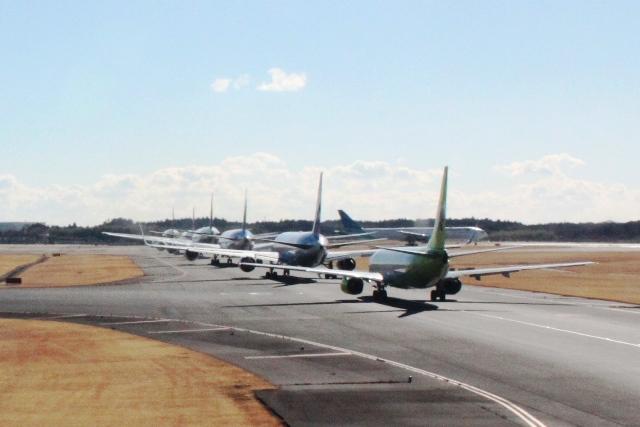 離陸を待つ飛行機