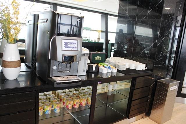 カップヌードルやコーヒーメーカー