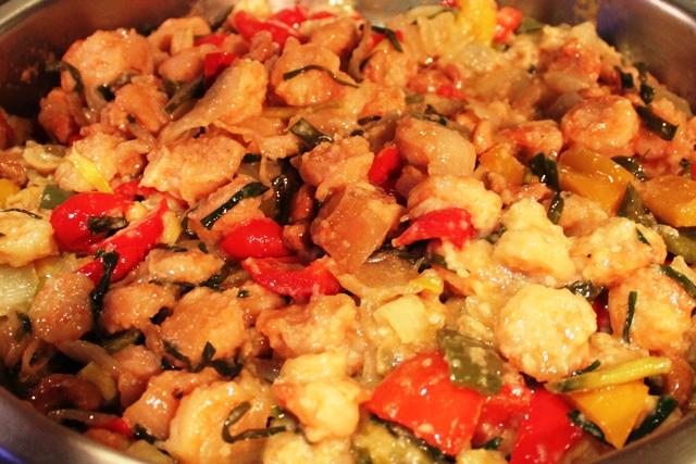 鶏か魚の炒め物