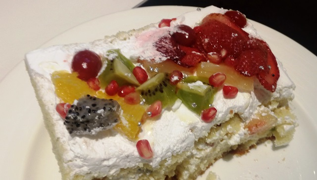 フルーツケーキ!