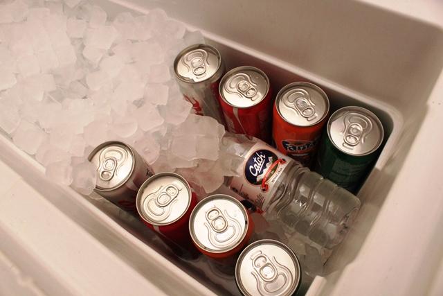 冷蔵庫の代わりにクーラーボックス