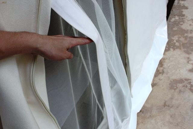 テントは虫が入りにくい様に二重網